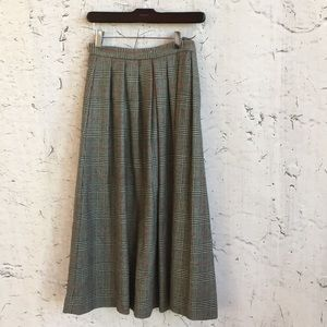 J H COLLECTION GREY RED PLAID WOOL SKIRT 4